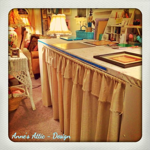 BeFunky_table skirt.jpg