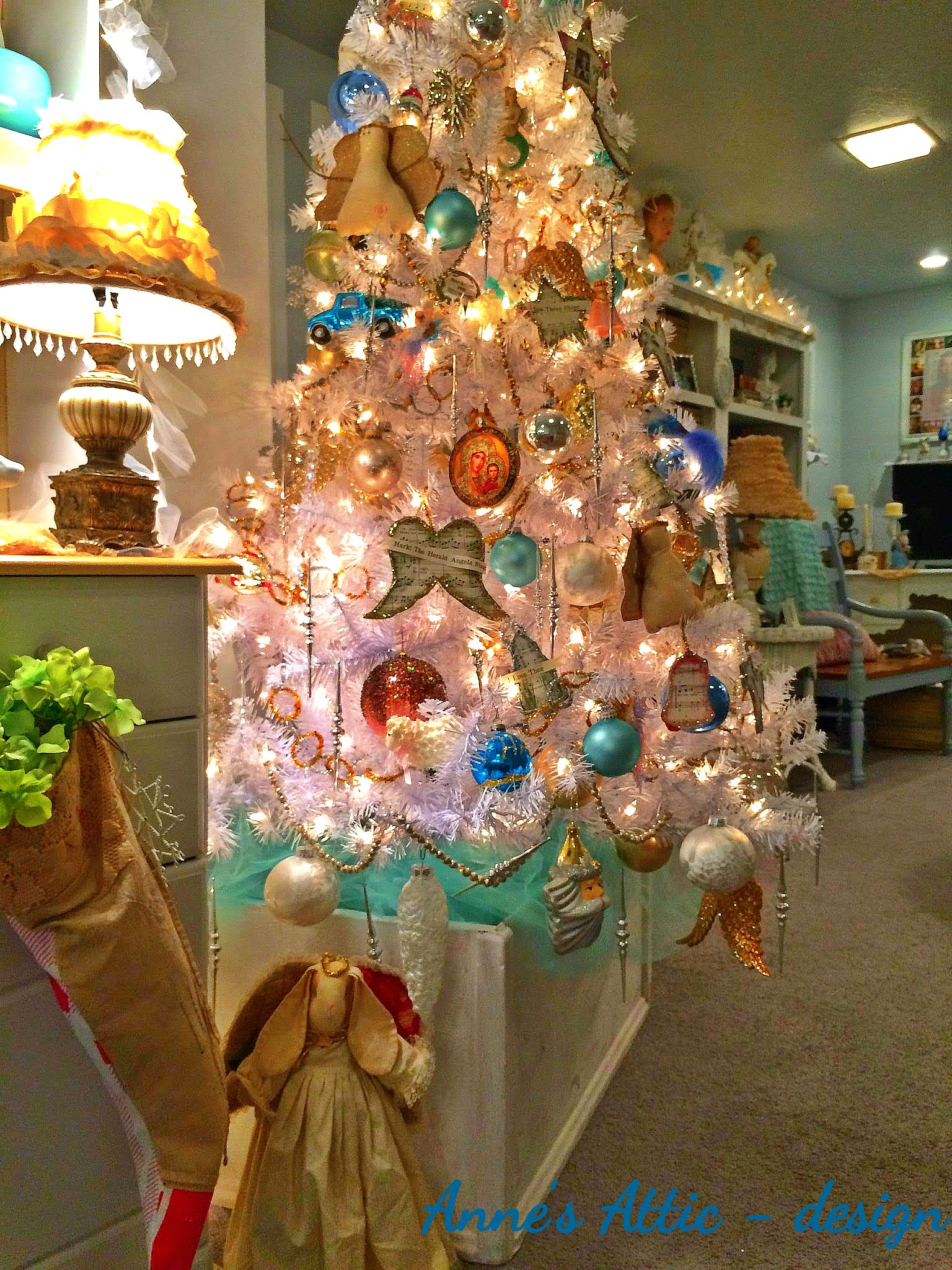 Oh Christmas Tree | Anne's Attic – design