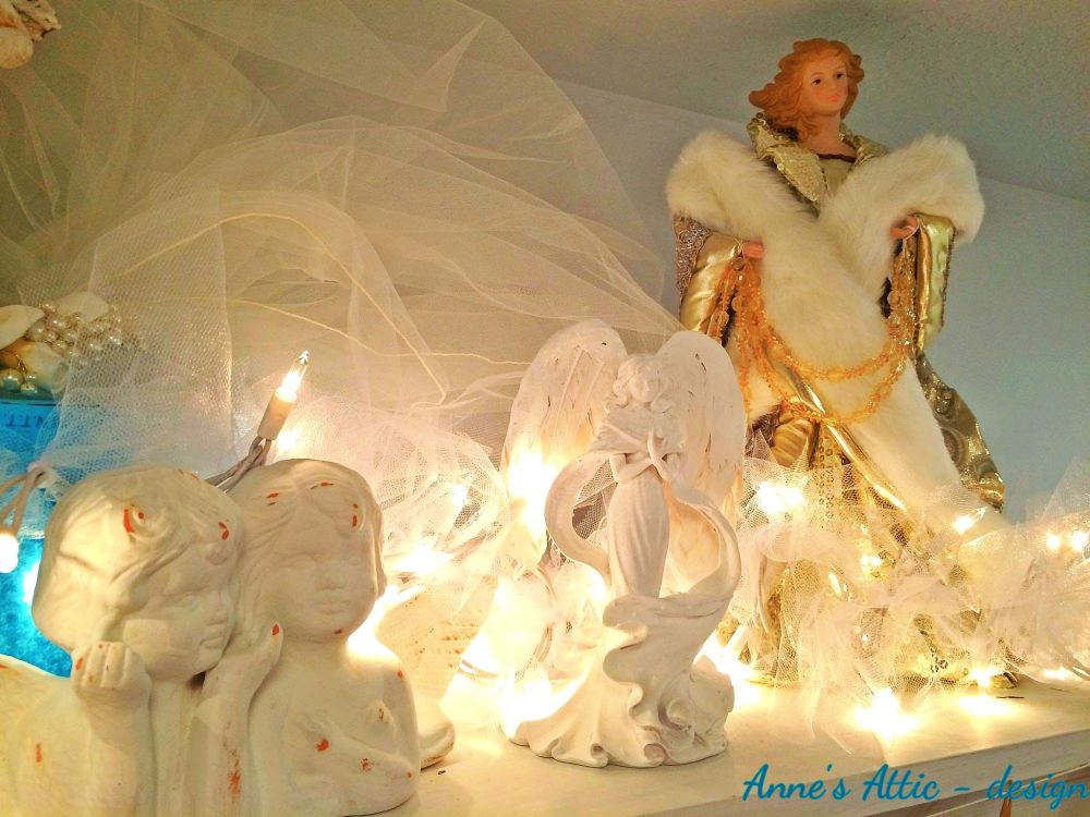 Religious Christmas Relics in the Home (3/6)
