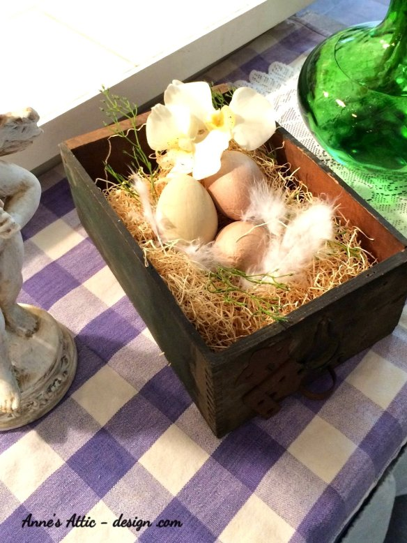 Easter box nest