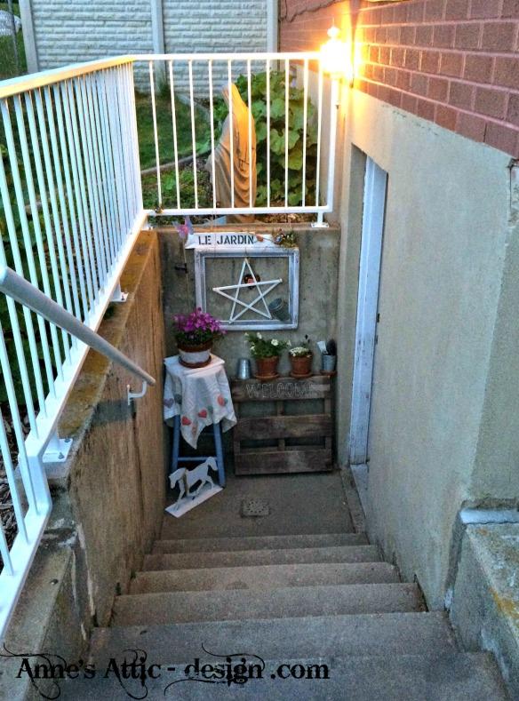 welcome garden entrance