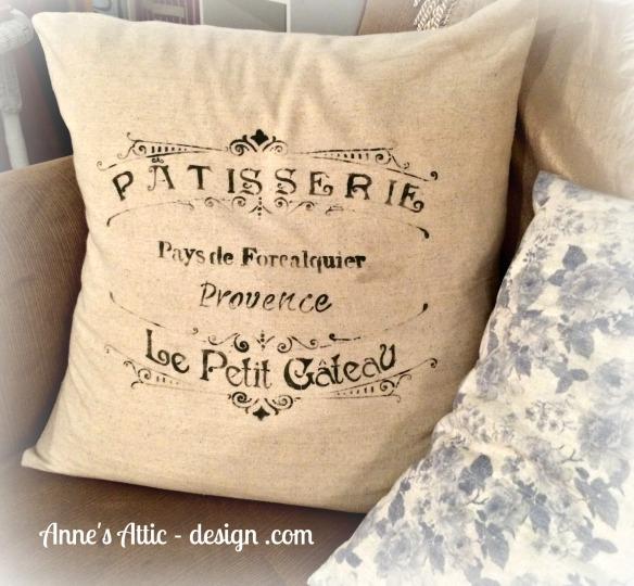 details pillow