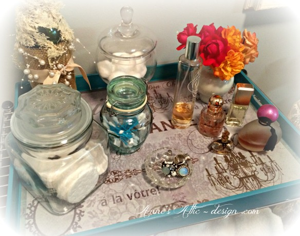 Tray perfume