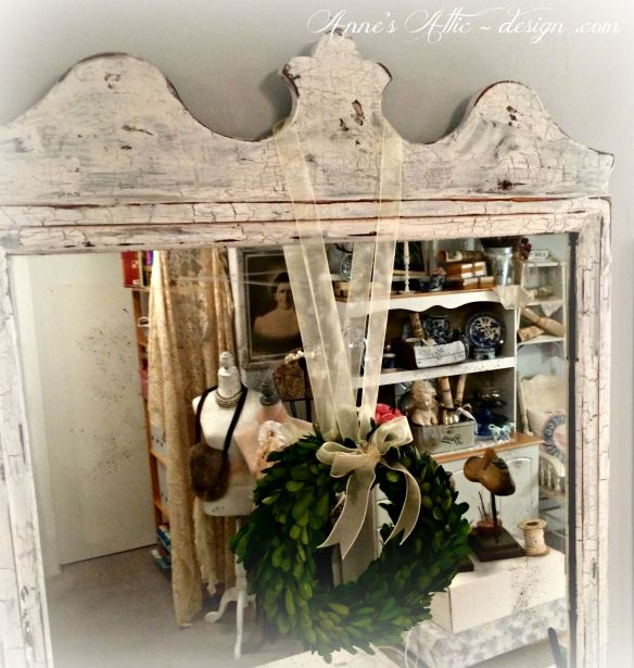 http://annesattic-design.com/2015/07/28/distressing-a-mirror-to-look-aged/
