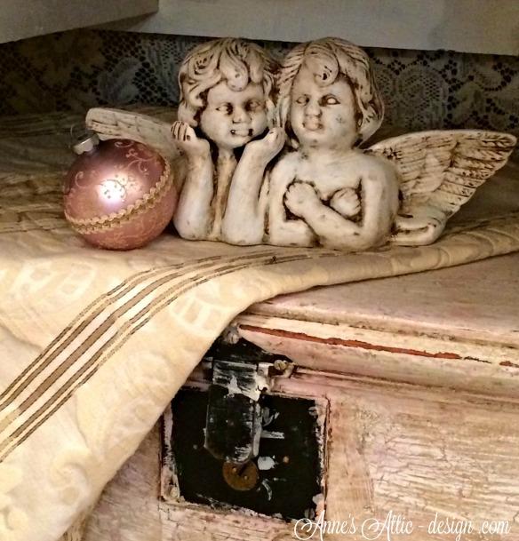 Tour angel box