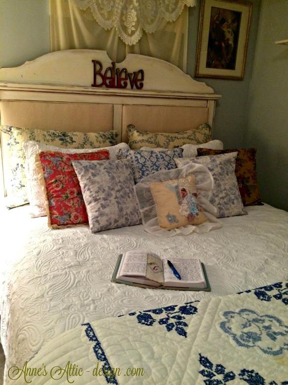 Tour bed