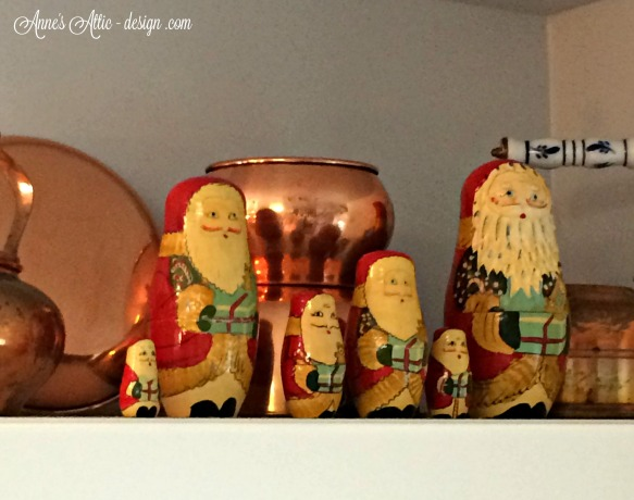 Tour nesting dolls