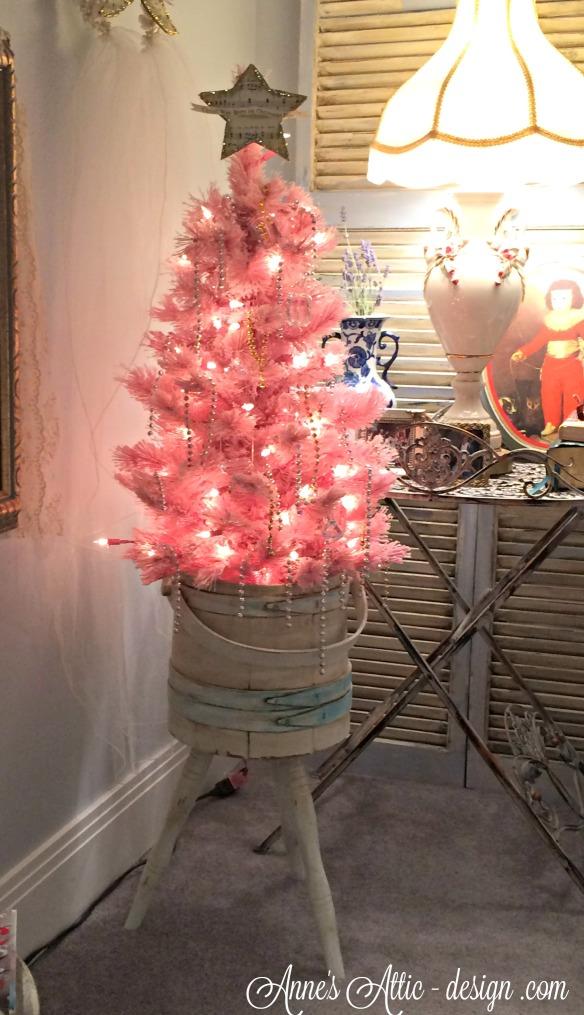 Tour pink tree