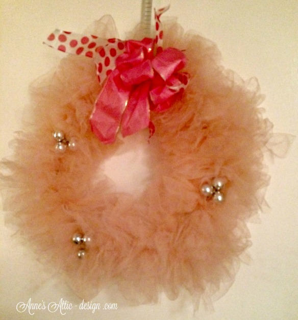 Tour pink wreath