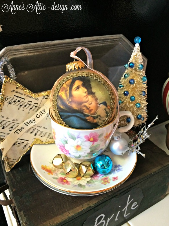 Tour tea cup