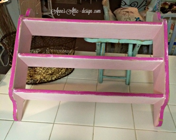 tote pink shelf front