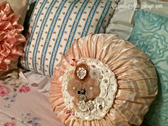 Round Pillow