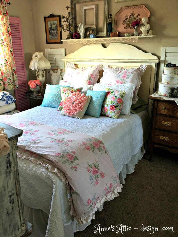 Romantic Cottage Bedroom Decorating Ideas: A Romantic Cottage Bedroom